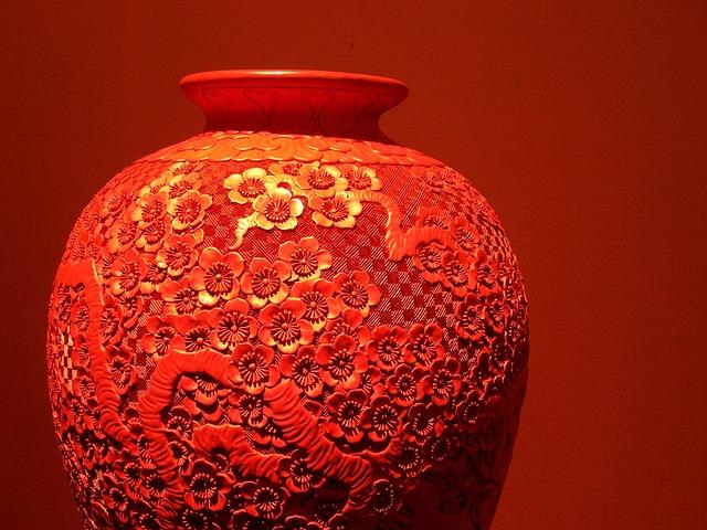 lacquerware-173208_640